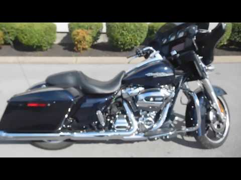 2019 Harley-Davidson Street Glide Base at Bumpus H-D of Murfreesboro