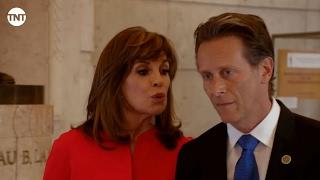 Sue Ellen et le Gouverneur