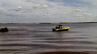 Стоянка для лодок в сургуте на воде