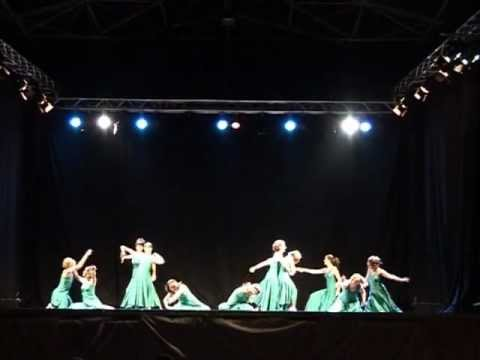 Watch videoSíndrome de Down: Baile Argira