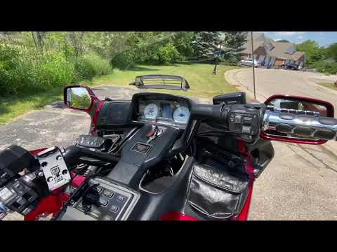 1998 Honda Gold Wing SE in Muskego, Wisconsin - Video 1
