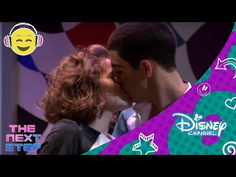 The Next Step: Dueto de Riley y James  Disney Channel Oficial