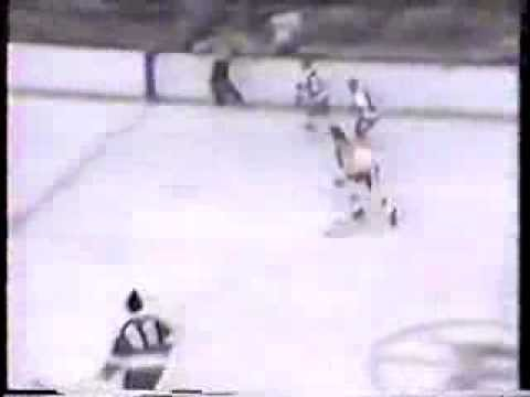 Bobby Orr's Incredible Pass To Johnny Bucyk