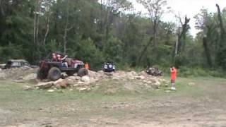 preview picture of video 'Jeepfest 2010 - New Castle, PA'