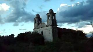 preview picture of video 'La Misteriosa Iglesia De Los Navarro'