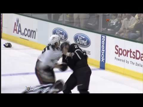 George Parros vs Nicklas Grossmann