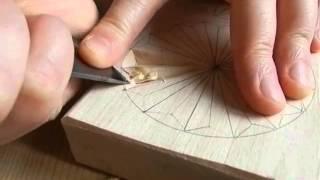 Смотреть онлайн Геометрическая резьба розетки по дереву