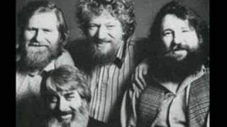 A Pub With No Beer The Dubliners