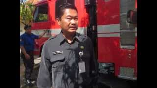 preview picture of video 'School's fire Simulation at SMA 1 Jekulo,Kudus,Central Java,Indonesia,June 22th'12.wmv'