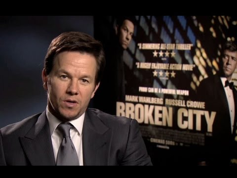 Broken City - Official Trailer - Mark Wahlberg Intro
