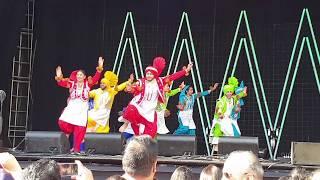 Auckland University performs Bhangra, Auckland Diwali 2018