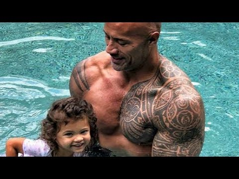 Dwayne Johnson's Swimming Lesson Goes Viral + More Celebrity Parenting Moments We Love (видео)