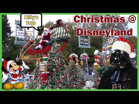 2016 Disneyland Christmas Party STAR WARS Darth Vader Jedi Training GOOFY Mickey Mouse WILLYS TOYS