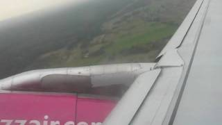preview picture of video 'Airbus 320 (WizzAir HA-LPI) EPKT takeoff rwy27'