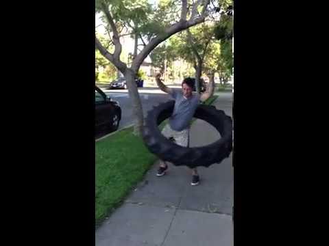 Hula hoop con un copertone da 50 kg