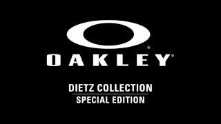 Oakley Standar...