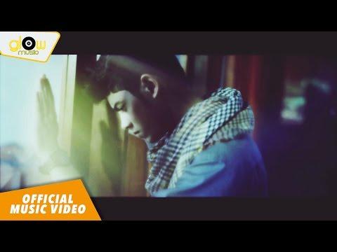Aliando - Hanyalah KepadaMu [Official Music Video]