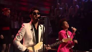 "Chromeo and Solange Knowles ""When the Night Falls"" - Live on Jimmy Fallon"