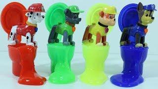 Щенячий Патруль и игрушечные туалеты с цветными лизунами   Играем и  Изучаем цвета по английски