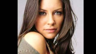 Evangeline Lilly Top Model Pics HQ