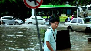 preview picture of video 'Flood in Haikou , China, Hainan (Наводнение в Китае)'
