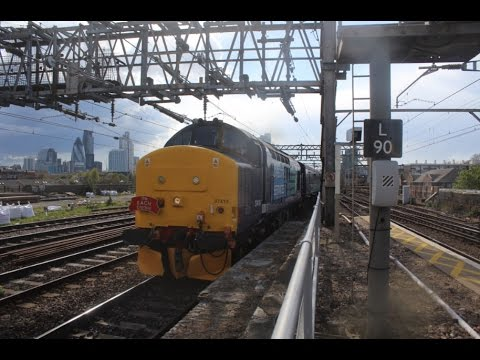 DRS 37419 & 37405 pass Bethnal Green with 'The EACH Explorer…