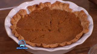 This Sweet Potato Pie Is So Good, Steve Harvey Invites Audience Members To Try It