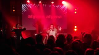 Alyona Alyona   Голови (TMW LIVE) [4K]