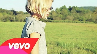 Sia - Suitcase |Music Video|