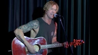 "A Tribute To Chris Cornell & Chester Bennington, GNR's Duff McKagan Strips Down ""Feel"""