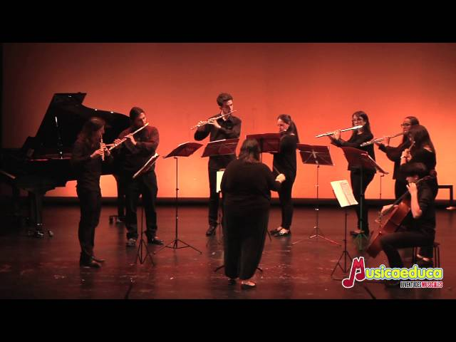 Flute of the Bumblebee -, R.Korsakov, (Arr. C.Peter Lynch) - Orquesta de flautas