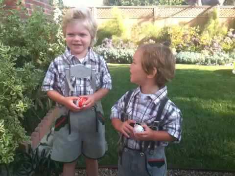Lederhosen für Max und Morgan