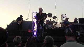 .38 SPECIAL 20th Century Fox / Back to Paradise Coralville, IA 7-3-2013