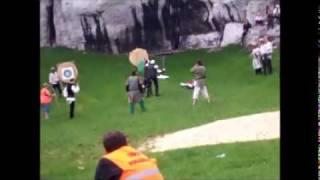 preview picture of video 'XIV TURNIEJ RYCERSKI PODZAMCZE - OGRODZIENIEC 2011'