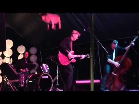 Dibbs and the Detonators,Shake,rattle and roll,'live'