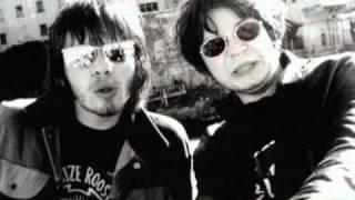 Supergrass - Caught By The Fuzz [Official Music Video]