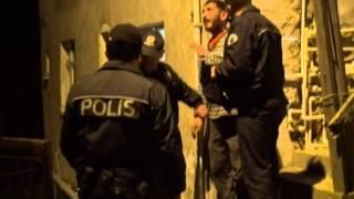 preview picture of video 'BACA YÜZÜNDEN ANNE, BABA VE KARDEŞİ İLE KAVGA ETTİ'