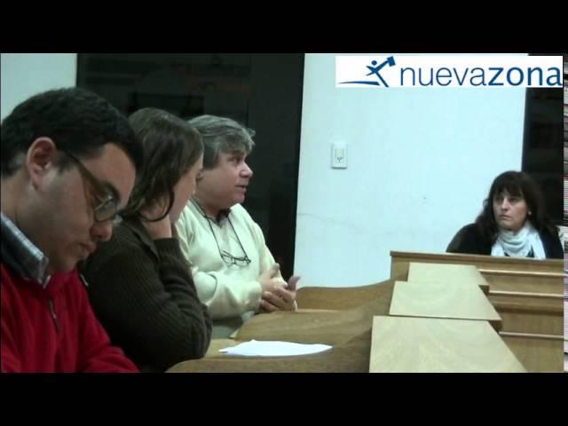 Como fue el debate de los concejales vialenses por el logotipo municipal