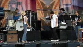 Billy Bob Thornton - The Desperate One (Live at Farm Aid 2003)
