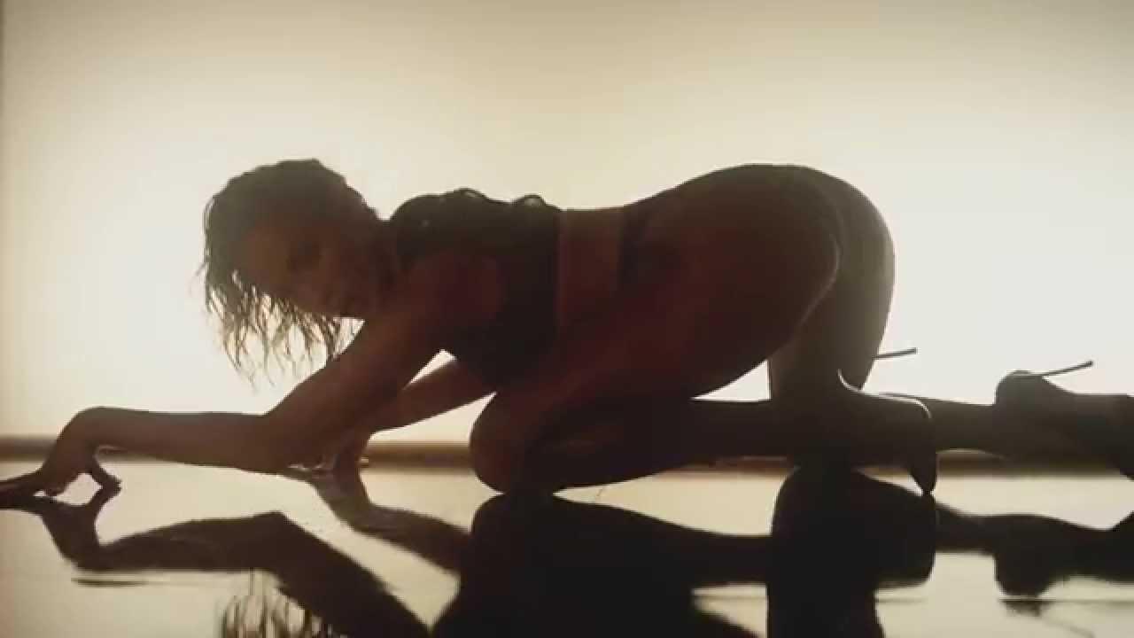 "Knackige Kisten – J. Lo & Iggy Azale schütteln ihren ""Booty"""