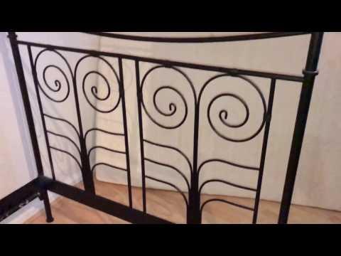 Metallbett aufbauen Bett mit Stecksystem montieren Anleitung