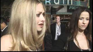 Аманда Сейфрид, Justin Timberlake & Amanda Seyfried at the In Time premiere