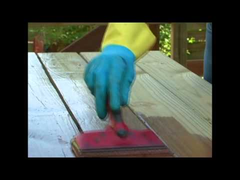 Video Protect Your Deck and Outdoor Wood Furniture with Thompson's WaterSeal