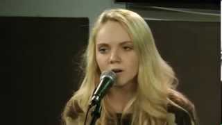 Danielle Bradbery 'Dance Hall' acoustic A+ (new song)