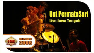 GOYANG HEBOHH !!! 'Uut Permatasari' Goyang Temanggung ... @Live Konser Temanggung 26 Desember 2006