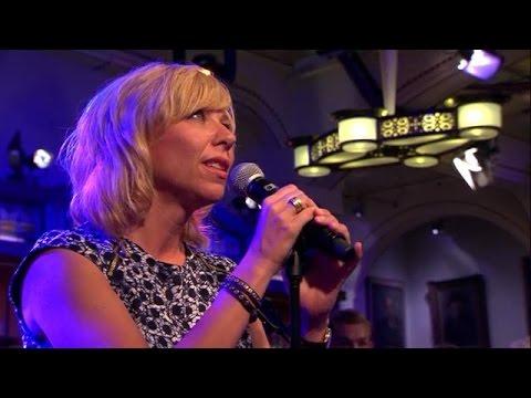 Claudia De Breij Mag Ik Dan Bij Jou Listen Watch