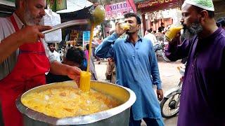 Amazing Food at Street | Pakistan Food Street | Street Food Karachi