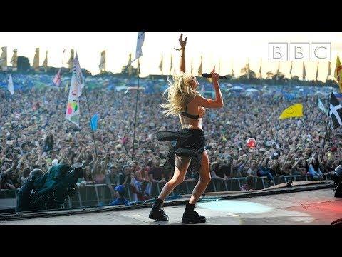 Ellie Goulding Burn At Glastonbury 2014