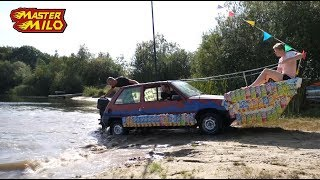 Car in the water! Amphibian car!