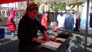 preview picture of video 'Msemen crêpes marocaines par Nadia sur le marché de Prades'
